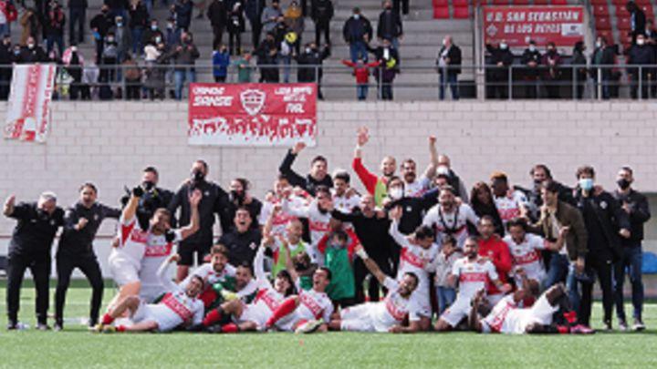 Siete clubes de 2ªB ya han ascendido a Primera RFEF y doce están descendidos