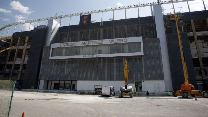 Elche: La futura Ciudad Deportiva se aleja del Martinez Valero