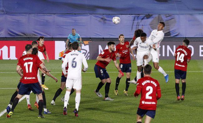Militao marcó así el 1-0.