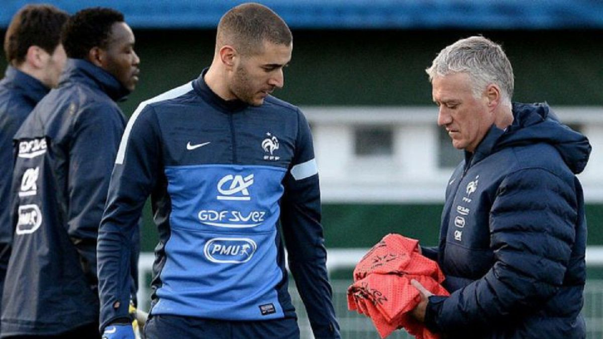 Official: Benzema recalled by French national team