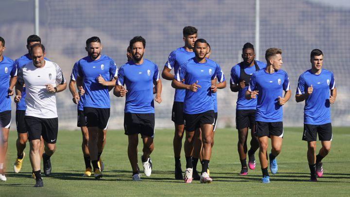 El Granada sigue trabajando en la Ciudad Deportiva.