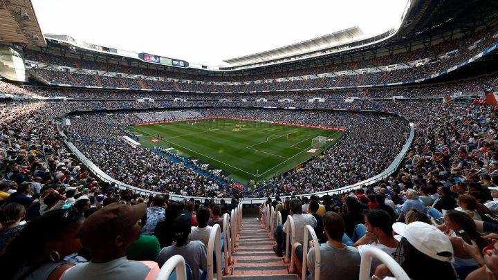 Panorámica del Estadio Santiago Bernabéu en el primer partido de Liga del Real Madrid como local en la 2019-2020, contra el Real Valladolid.