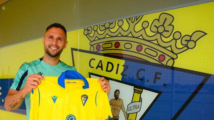 Florin Andone ya es jugador del Cádiz