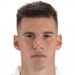 Photo of Santi Mina