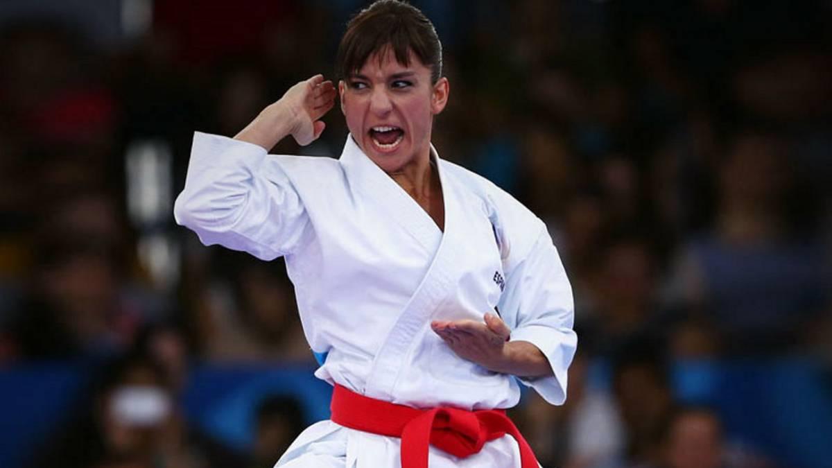 Sandra Sánchez durante una competición.