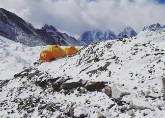Alex Txikon abandona el intento invernal al Everest