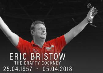 Ex-world darts champion 'Crafty Cockney' Bristow dies, aged 60