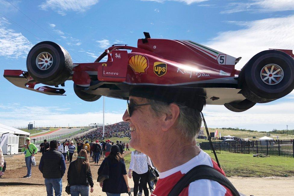 El famoso seguidor de la Fórmula 1 Kim Reimer en el Gran Premio de EE UU.