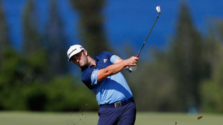 Jon Rahm durante el arranque del Sentry Tournament of Champions.
