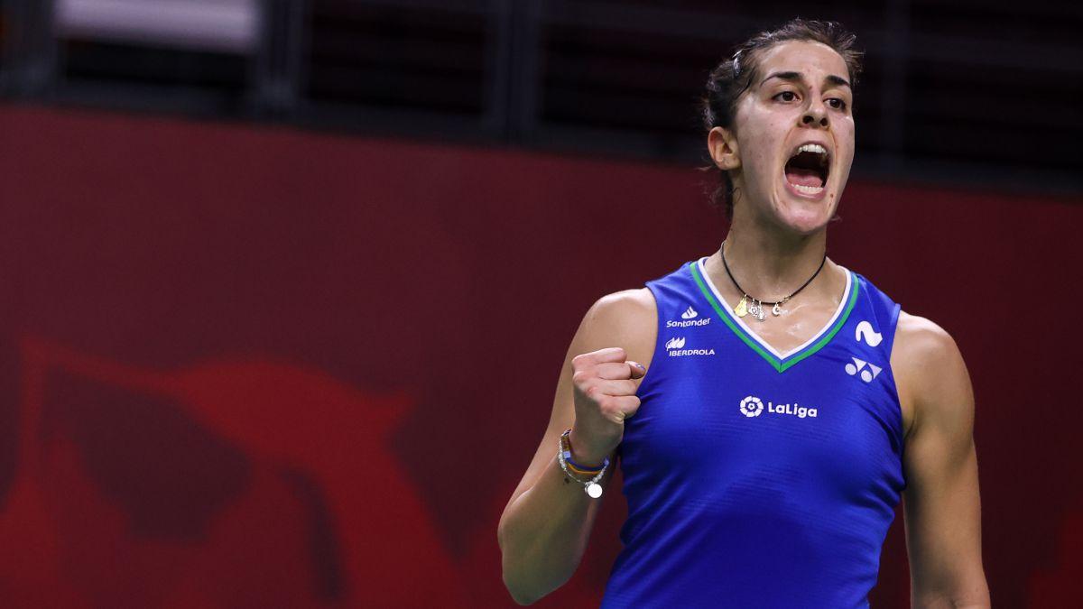 Carolina Marín debuta en Basilea con una rotunda victoria