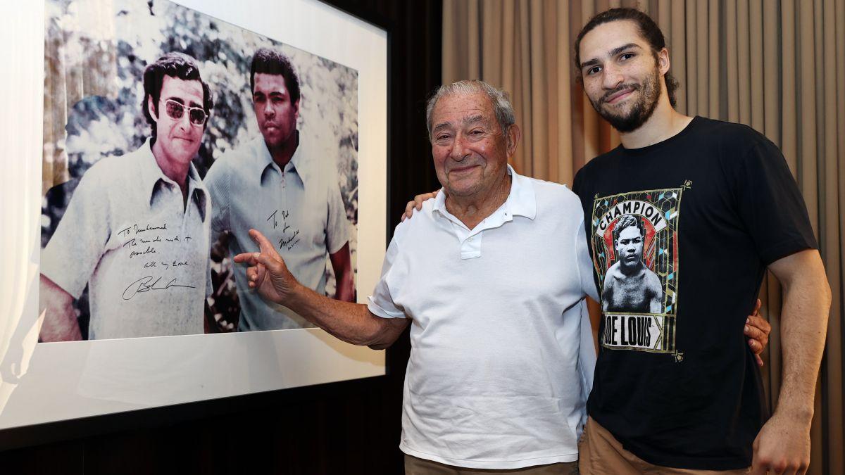 Nico Ali Walsh: el nieto de Muhammad Ali debuta en el boxeo profesional con  Top Rank - AS.com