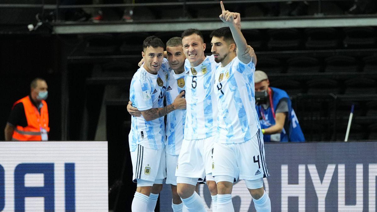 Argentina deja fuera a Brasil en un partidazo de talla mundial
