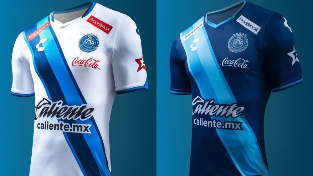2774a5d64d357 Liga MX  Puebla presentó nuevo escudo y nuevo diseño de uniformes ...