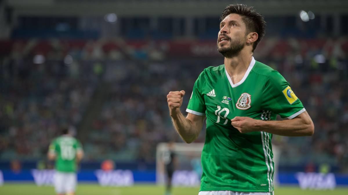 Resultado de imagen para oribe peralta selección mexicana
