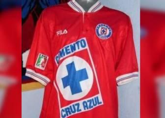 Los 7 uniformes alternativos de Cruz Azul más recordados a4f91815b3b92