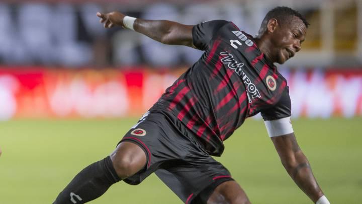 Leiton Jiménez regresaría a Veracruz en la LBM, aún se desconoce si ficharía con Club Tiburón o con Atlético Veracruz