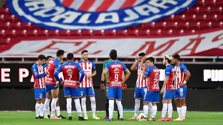 Chivas confirma su 11 titular frente a Tigres - AS México