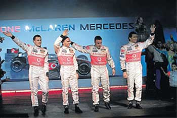 McLaren renace con Alonso y el MP4/22