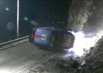Espectacular accidente de Paddon que atropella a un espectador