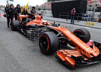 McLaren's Honda engine fails for second day in a row