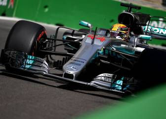 Hamilton takes pole in Baku, the 66th of his career