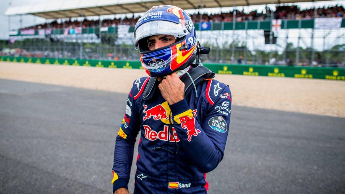 """Red Bull: """"Consideraríamos ofertas por Carlos Sainz"""""""