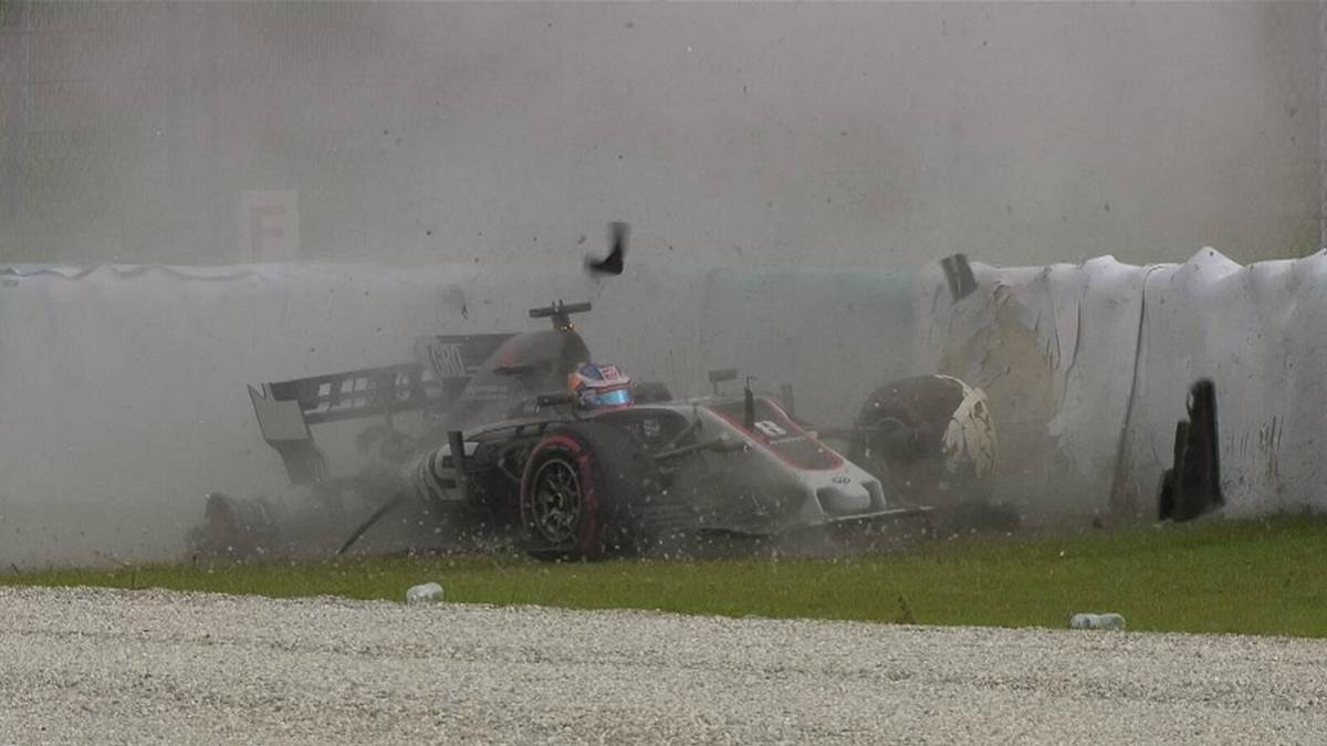 El accidente de Grosjean en Sepang.