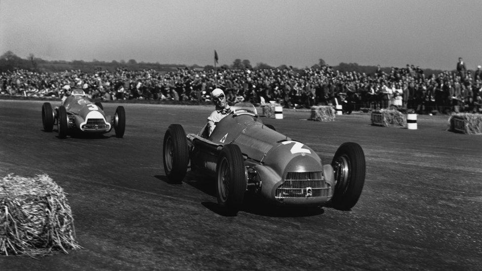 Circuito de Silverstone (Gran Bretaña) Temporadas: 1950-1954, 1956, 1958, 1960, 1963, 1965, 1967, 1969, 1971, 1973, 1975, 1977, 1979, 1981, 1983, 1985, 1987-2002 y desde 2004 a la actualidad.