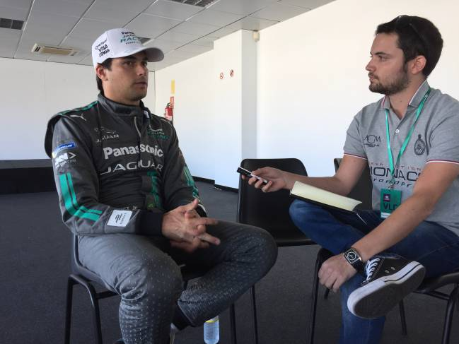 Nelson Piquet Jr. y el redactor de As.