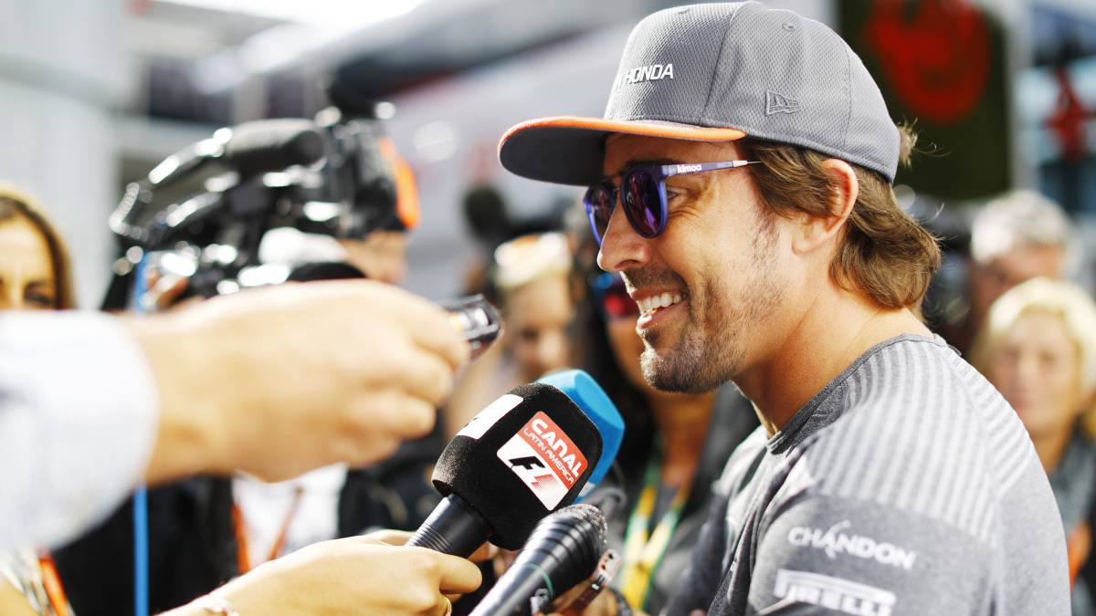 Alonso to stay at McLaren after renewing deal with F1 team