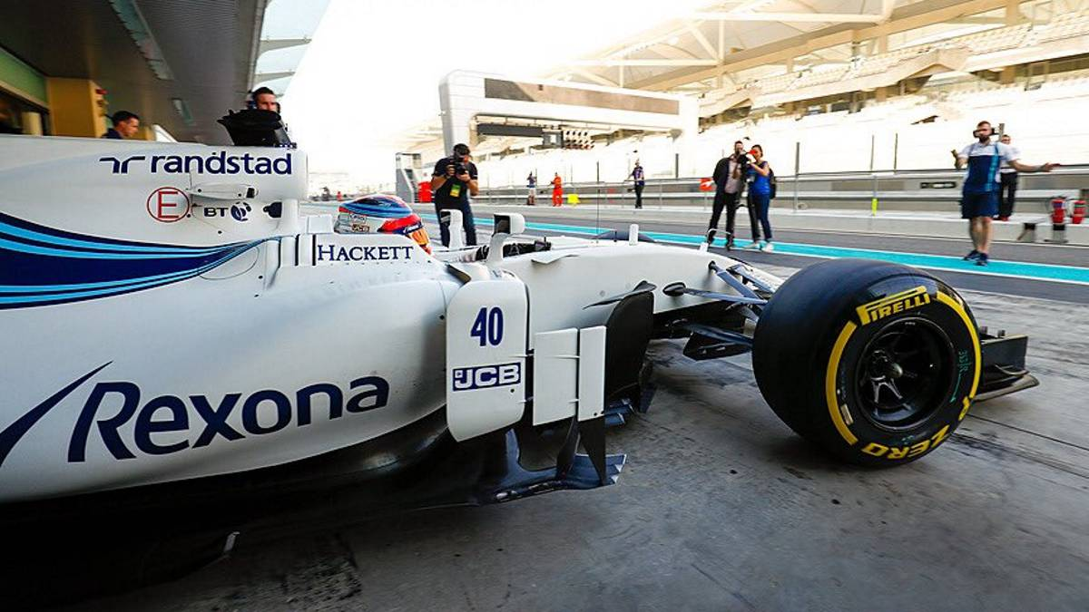 Robert Kubica con el Williams en el test de Abu Dhabi.