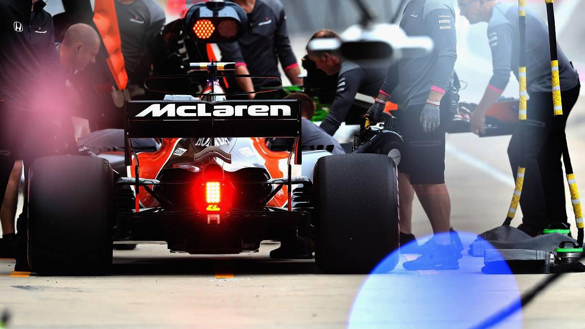 Stoffel Vandoorne con el McLaren de 2017.