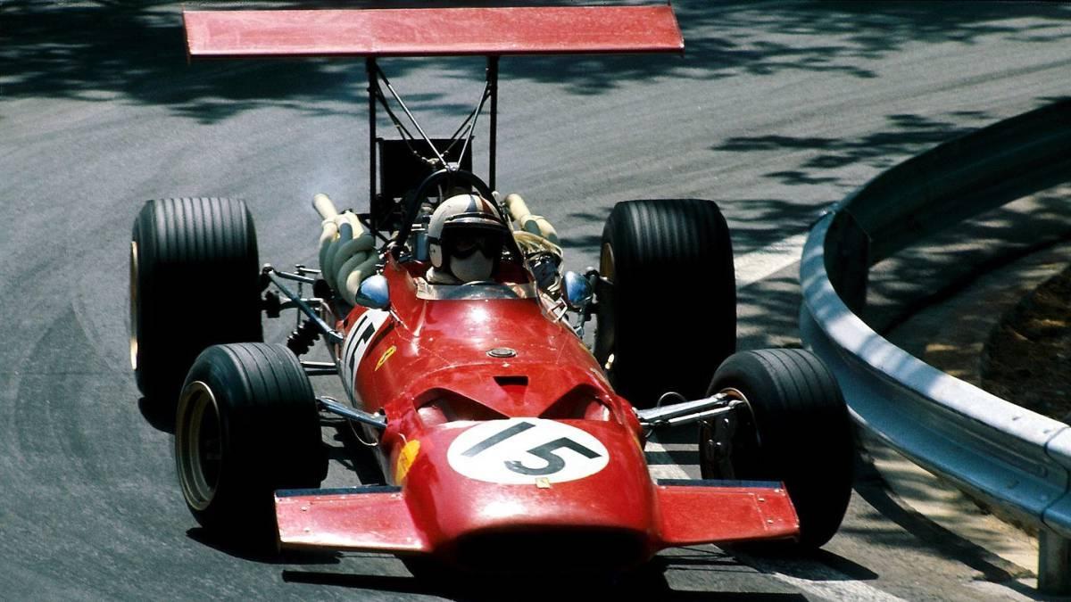 Ferrari volverá a su clásica decoración totalmente roja