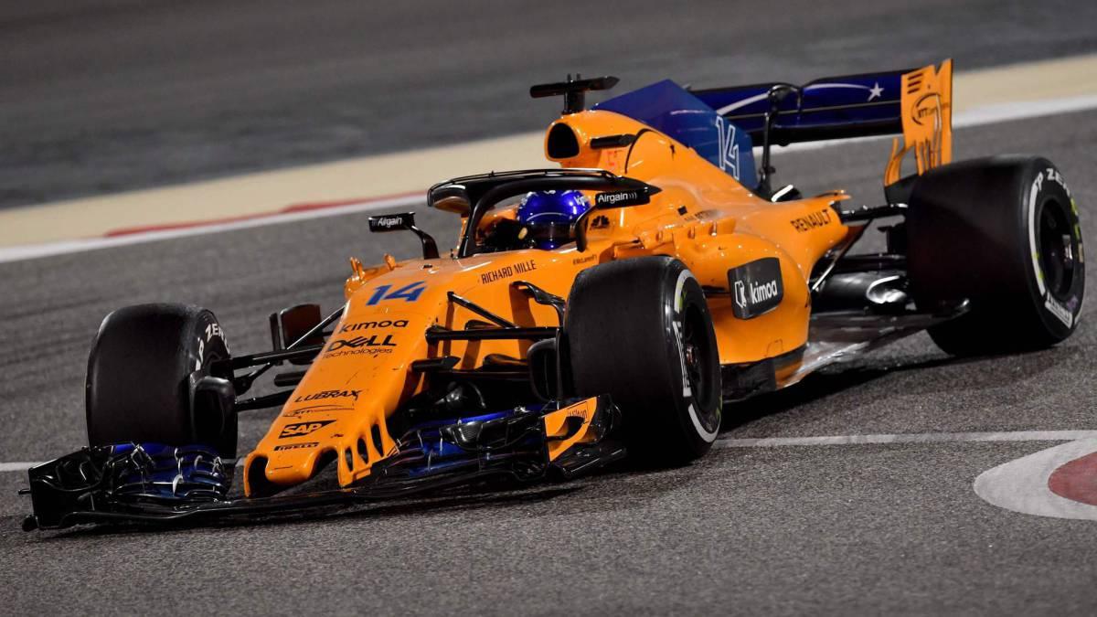 """Boullier señala el punto débil del MCL33 y Alonso: """"No hemos rendido al máximo los sábados, y es importante que el paquete funcione al completo""""."""