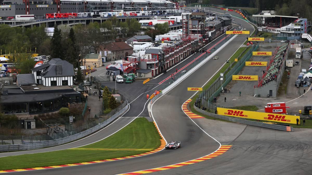 Alonso se pone a prueba con 1000 caballos en Eau Rouge