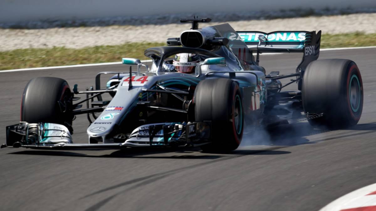 Mercedes sigue marcando la pauta con Sainz 8º y Alonso 9º