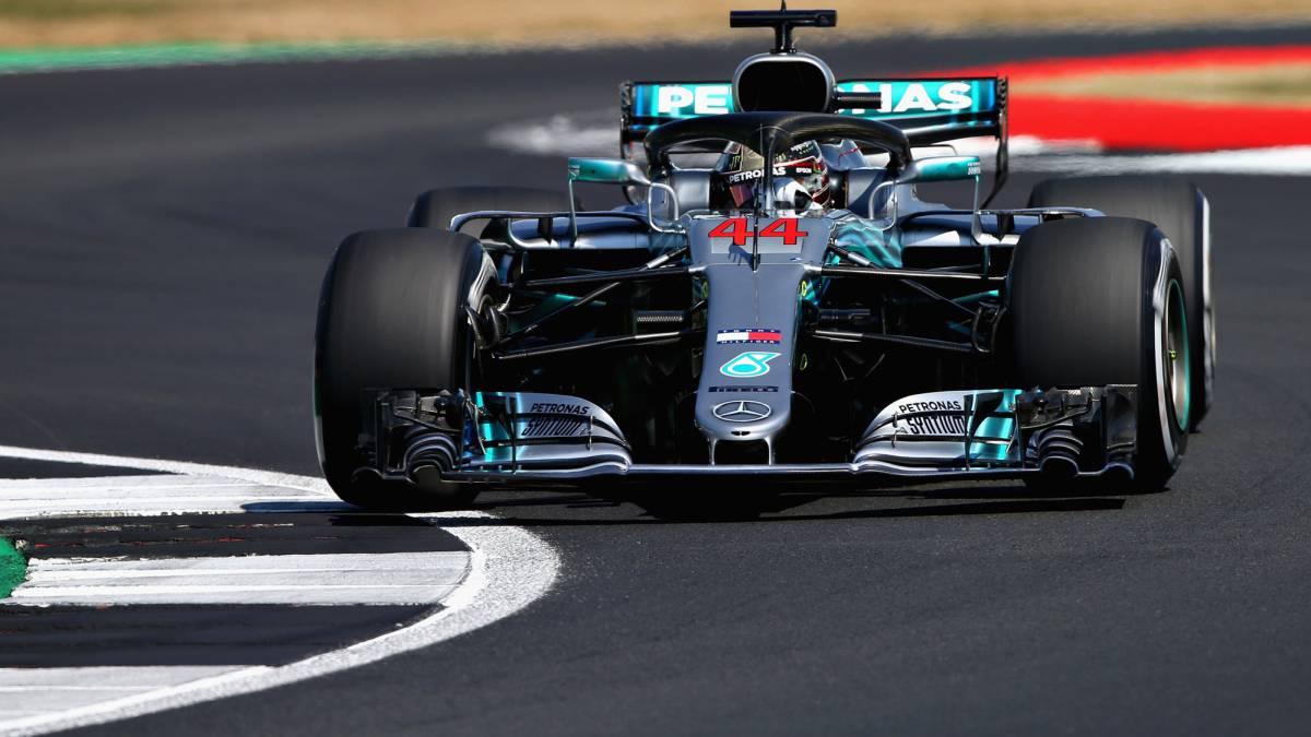 Hamilton, pole, vuela en su jardín con Alonso fuera de la Q3