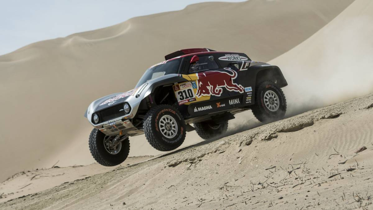 dakar mini quiere en su buggy a sainz peterhansel y red bull. Black Bedroom Furniture Sets. Home Design Ideas