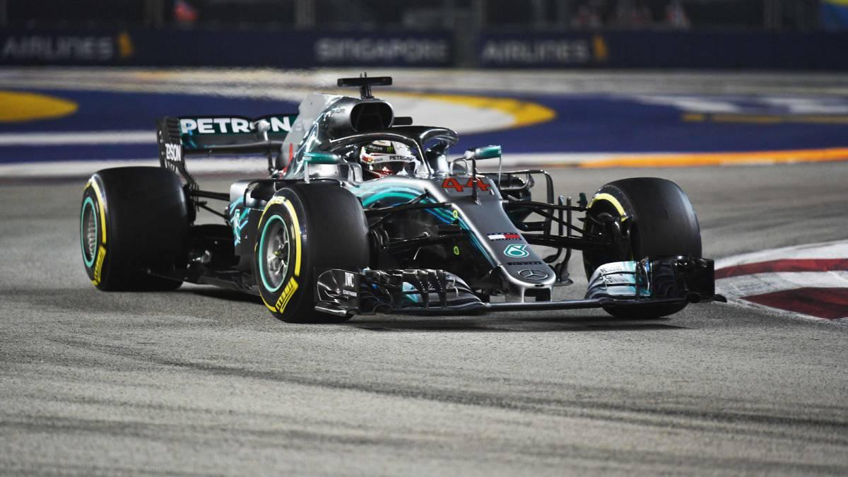 Hamilton se viste de Fangio, Alonso séptimo con el McLaren