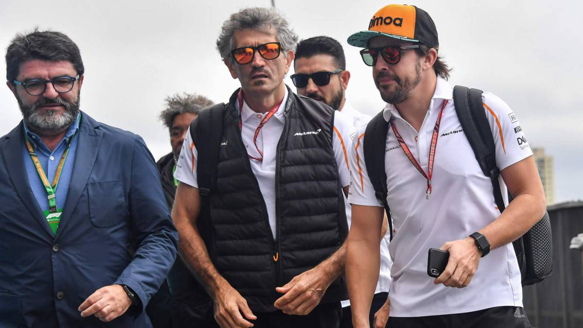 Alonso llegando a Interlagos.