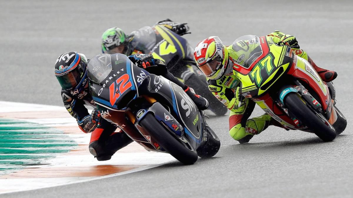 Oliveira, Lecuona y Márquez, tercero pese a una caída