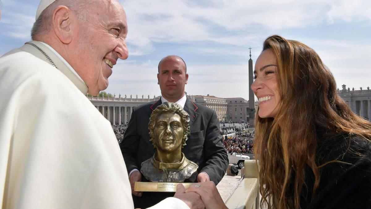 El Papa y la sobrina de Senna.