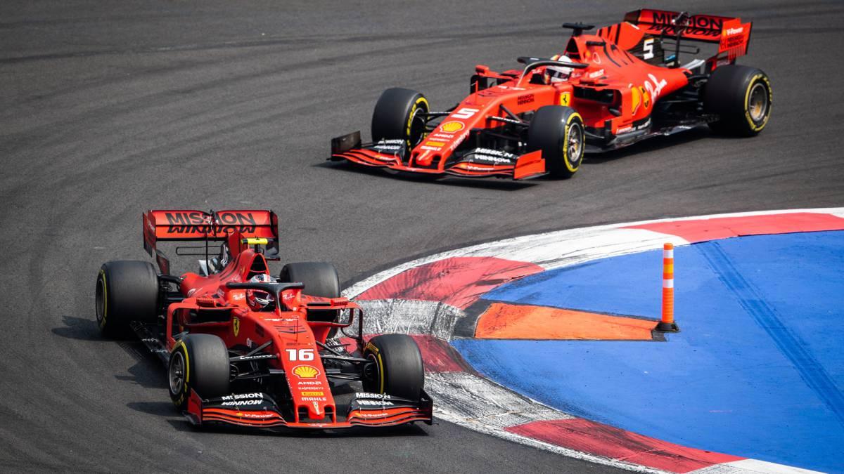 Ferrari se defiende del doble error con las estrategias