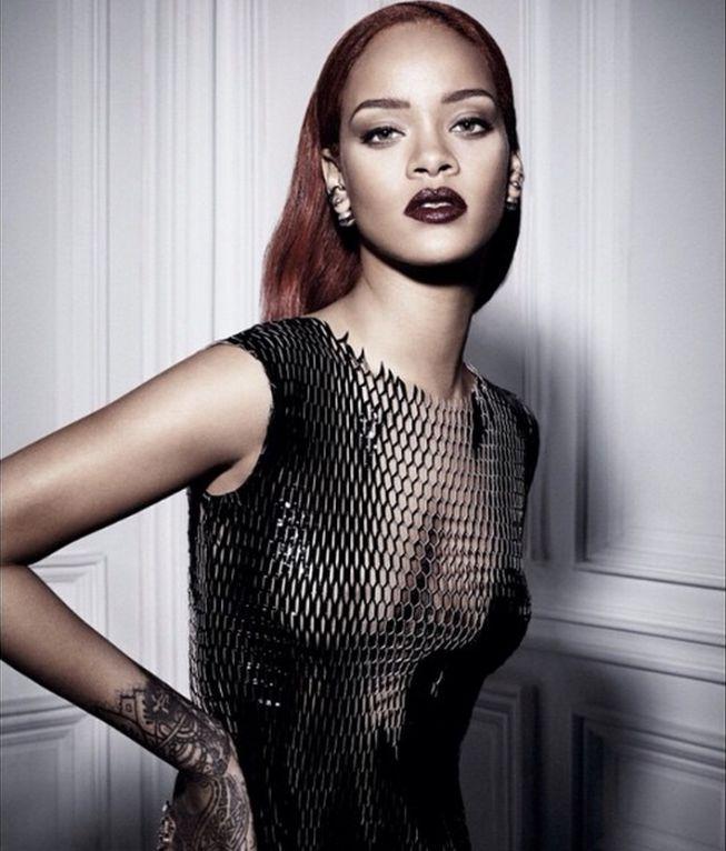 Rihanna para dior rihanna sin ropa interior en las for Rihanna sin ropa interior