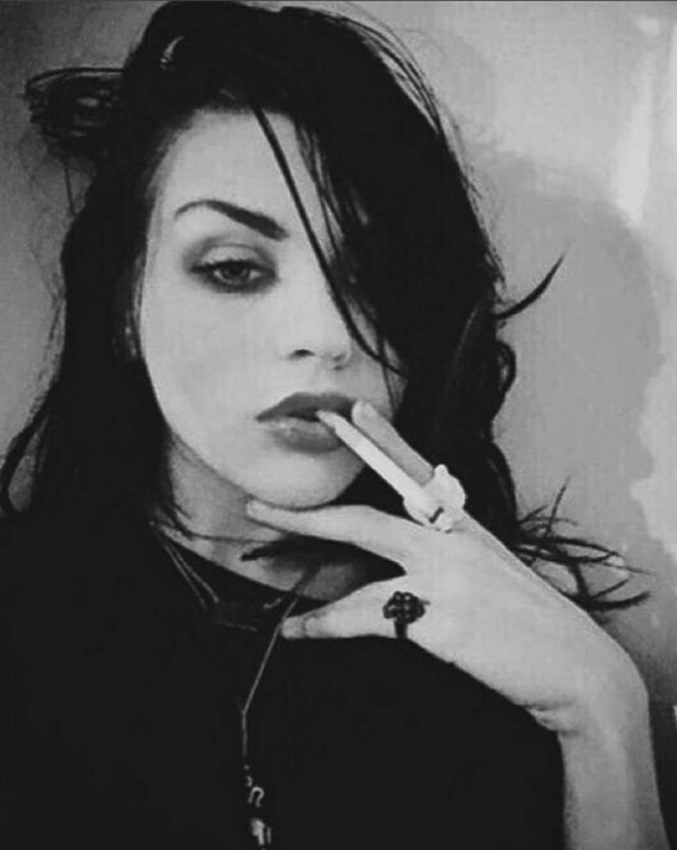 La hija de kurt cobain le rinde tributo en instagram as la hija de kurt cobain le rinde tributo en instagram altavistaventures Image collections