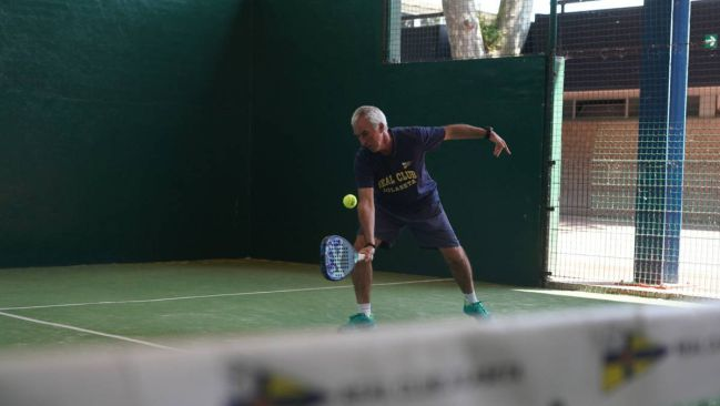 A paddle tennis player on his return to the courts.