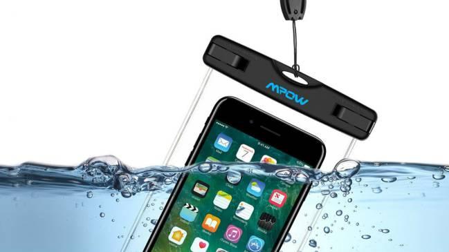 198c82e508a Accesorios impermeables para llevar a la playa y la piscina (y no ...