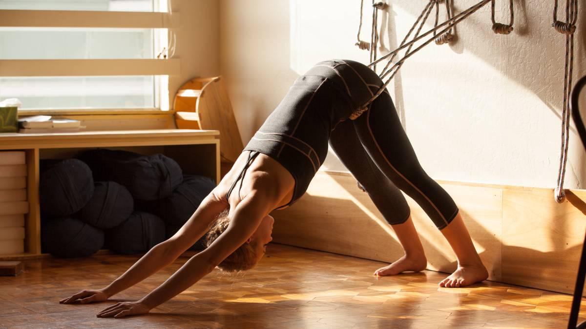 4b511b9a4 Accesorios de yoga y pilates para entrenar cuerpo y mente en casa ...