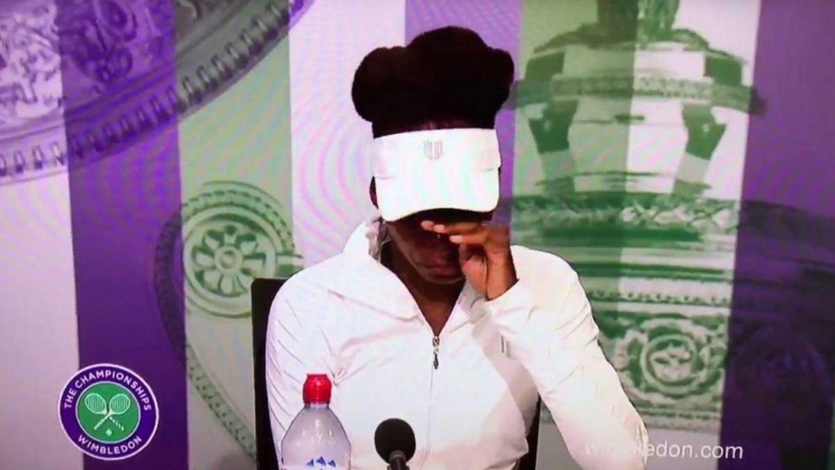 Venus Williams llora en Wimbledon.