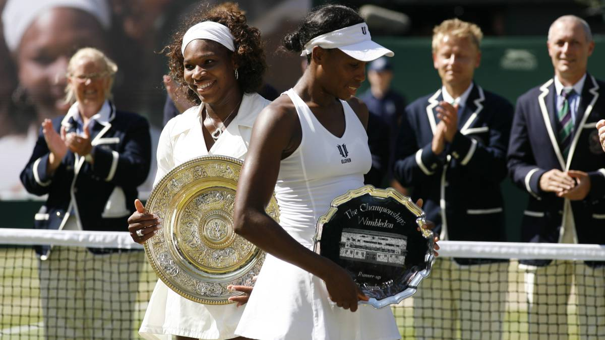 Serena y Venus Williams, en la final de Wimbledon 2009.